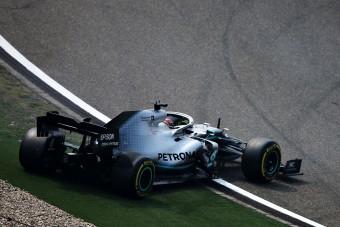 F1: Hamilton küszködik Sanghajban