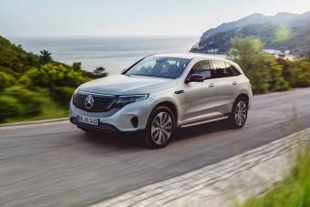Spéci kiadással indít a Mercedes villanyos SUV-ja