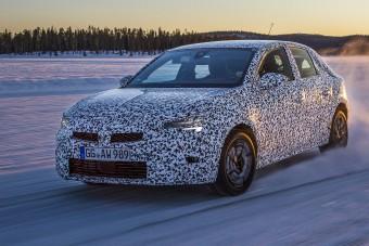 Jégre tették a vadonatúj Opel Corsát
