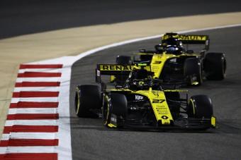 F1: A Red Bull-főnök még rúgott egyet a Renault-n