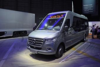Díjat kapott a Sprinterből készített minibusz