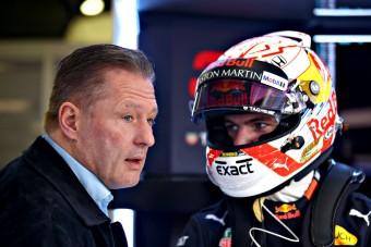 F1: Verstappen gondolkodik a Red Bull elhagyásán