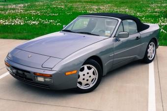 Több mint 20 évig pihent egy raktárban ez a 944-es Porsche