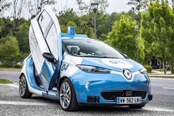 Lambo-ajtós, önjáró villanyautó a Renault-tól