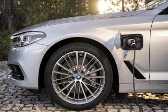 Történelmi változás az elektromos autók terén