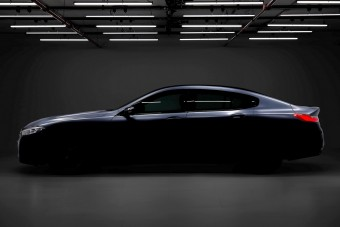 Jön a BMW óriás kupélimuzinja