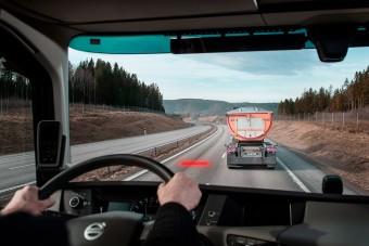 Fontos fejlesztést kapnak a Volvo teherautók