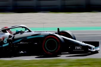 F1: Hamilton a rajtnál megnyerte a Spanyol Nagydíjat