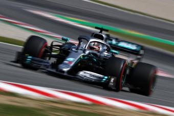 F1: Óriási kihívás előtt a Mercedes?