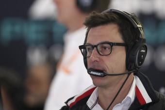F1: Újabb ütközéstől fél a Merci-főnök