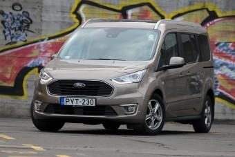 Ford Tourneo Connect teszt - ha gyerekeid vannak, ezt szeretni fogod
