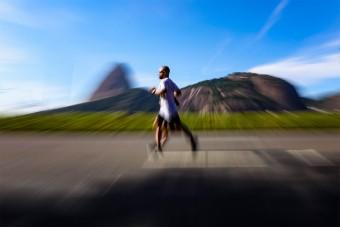 5 érdekes dolog, ami futás közben történik a testeddel