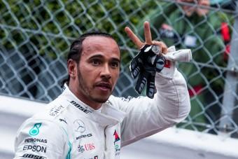 F1: Ezért kínozta meg a gumikkal Hamiltont a Merci