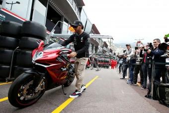 F1: Lauda halála miatt hiányzott Hamilton