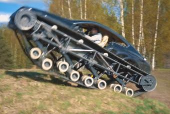 Luxuslánctalpast építettek őrült oroszok