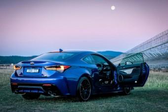 V8-ast küldött az űrbe a Lexus