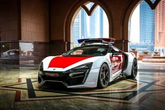 Újabb durva szupersportkocsival erősít az abu-dzabi rendőrség