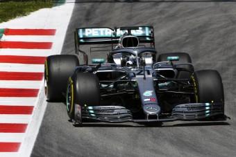 F1: Hoppon maradt a botrányhős pilóta
