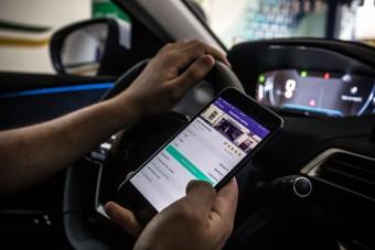 Ingyen lehet parkolni csütörtökön egy applikációval