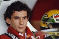McLaren Sennával tisztelegnek Ayrton Senna előtt 1