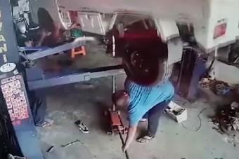 Úgy még nem lepődött meg autószerelő, ahogy ez a két férfi
