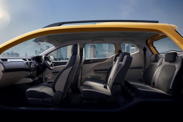 Hétszemélyes városi kisautó a Renault-tól 4