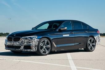 Tisztán elektromos az eddigi legerősebb BMW