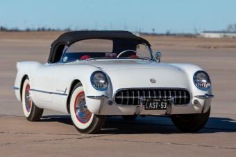 1953 karácsonyán készült el a háromszázadik Corvette