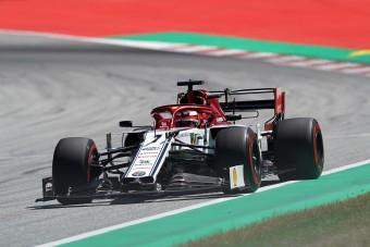F1: Räikkönen kiakadt Hamiltonra