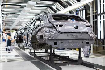 Leállt a gyártás a kecskeméti Mercedesnél