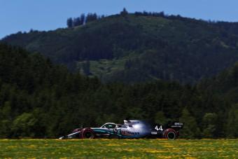 F1: Büntetést kapott Hamilton az időmérő után