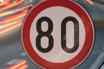 Változnak a sebességhatárok országszerte