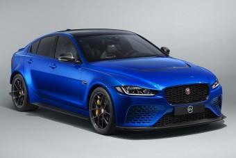 Civilizált külsőt kap a legdurvább Jaguar szedán