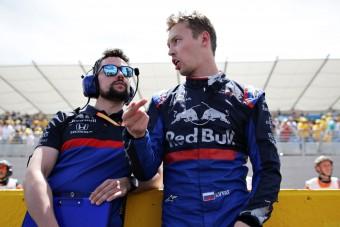 F1: A Red Bullnak nem lenne ciki a pilótacsere