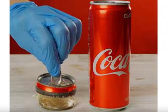Meglepő dolog derült ki a fém üdítős dobozokról