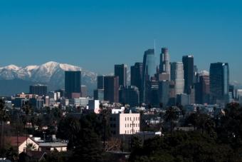 Los Angeles gyönyörű madártávlatból legyen akár éjjel, akár nappal