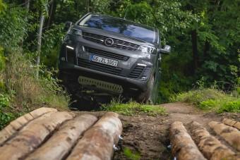 Meredek lépés az Opeltől: egyterűből kisbusz