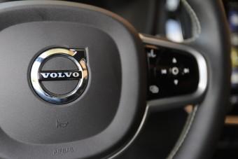 Félmillió Volvo gyulladhat ki váratlanul