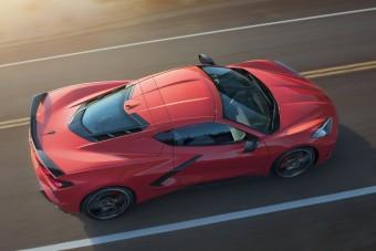 Középmotoros lett a Corvette