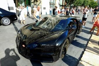 Budapesten cirkált az 1500 lóerős Bugatti Chiron