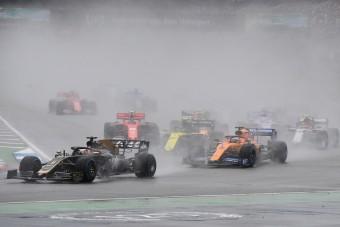 F1: Balhéztak, de pontokat is szereztek a Haas-pilóták