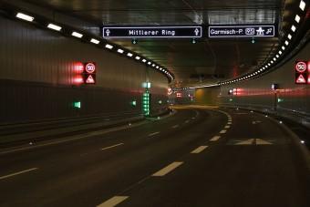 Miért nincs egy nagy autós alagút Budapest alatt?