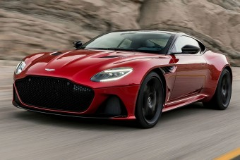 Luxusautó-szalont nyit az Aston Martin Budapesten