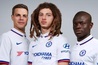 Kiakadtak a szurkolók a Chelsea új szerelésén