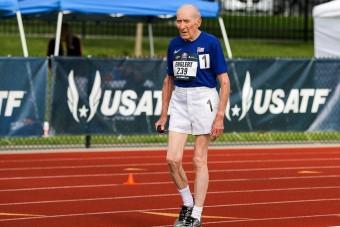 Új világcsúcsot állított fel a 96 éves futó