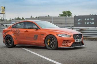Megdöntötte saját nürburgringi rekordját a Jaguar