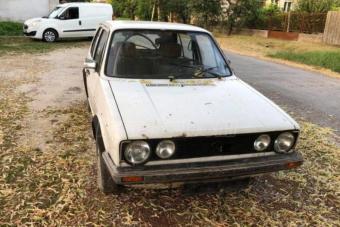 45 ezerért egy lélekvesztő, darázsfészek, rozsdakupac Volkswagen?