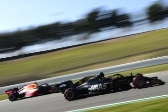 F1: A Red Bull beperelte a balhés szponzort