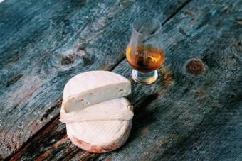 Whiskey teszi különlegessé ennek a sajtnak az ízét