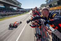 F1: Verstappennek hálás Leclerc – videó 2